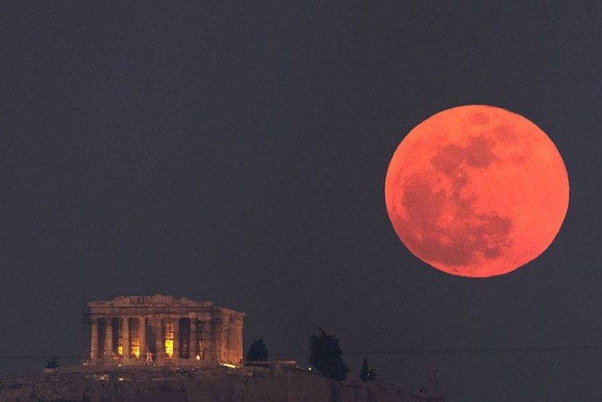 Eastern Sky To See Super Blood Moon Right After Total Lunar Eclipse On May 26 Evening