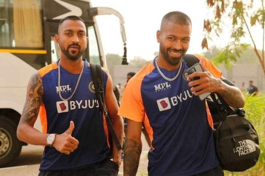 Pandya Brothers - Hardik And Krunal - Distribute Oxygen Concentrators In Fight Against COVID-19