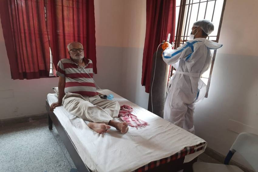 Delhi Public School Ghaziabad Converts Campuses Into Covid Vaccination And Isolation Centres