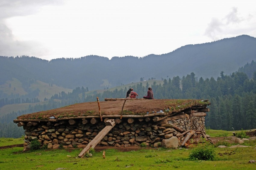 Eviction During Pandemic: No Relief For Nomads Of J&K