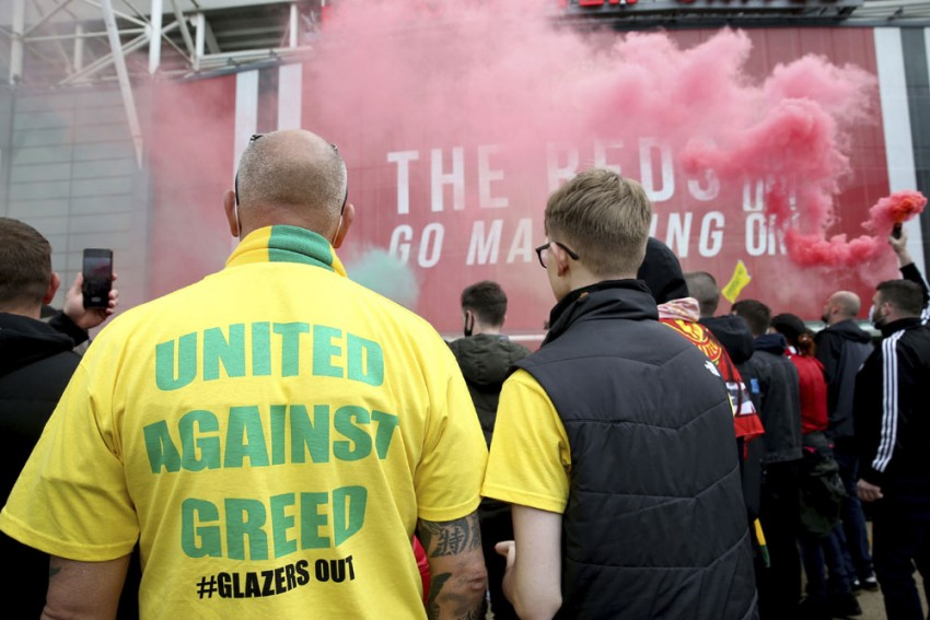 Manchester United Deny Staff Facilitated Old Trafford Protest, Working To Identify 'Criminal Activity'