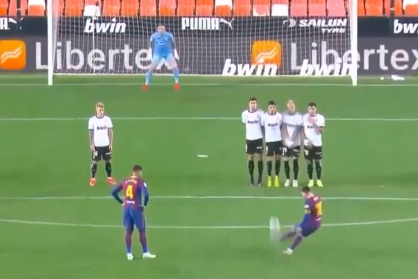Lionel Messi Scores Free-kick Landmark Goal To Edge Ahead Of Cristiano Ronaldo - WATCH