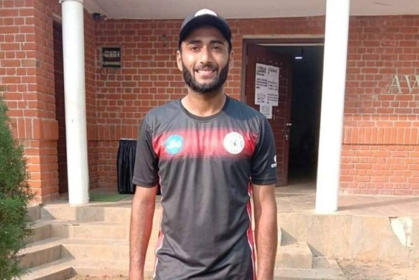 Who is Arzan Nagwaswalla? Parsi Cricketer Named As Reserve In India Team For WTC, England Series