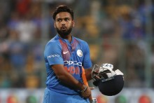 Delhi Capitals' Skipper Rishabh Pant Joins Fight Against COVID-19, Donates Money