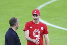 Robert Lewandowski Stars As Bayern Munich Celebrate Bundesliga Win In Style