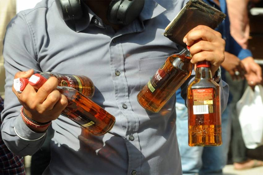 Delhi Govt Allows Home Delivery Of Liquor; Here's How You Can Order