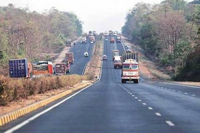 Delhi Traffic Police Revises Maximum Speed Limits For All Types of Vehicles; Check Details