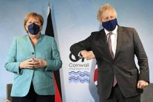 UK-EU Brexit Spat Over North Ireland Clouds G-7 Summit