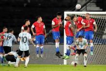 Copa America: Despite Lionel Messi's Stunning Free Kick Argentina Draws 1-1 With Chile