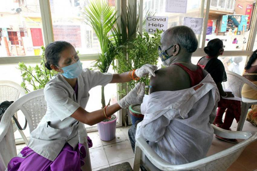 Housing Society In Mumbai's Kandivali Claims They Were Administered Fake Covid Vaccines