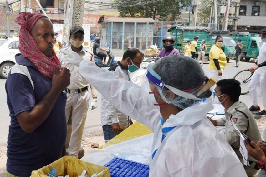 Third Covid Wave Likely To Hit India In 6-8 Weeks, Says AIIMS Chief: Reports