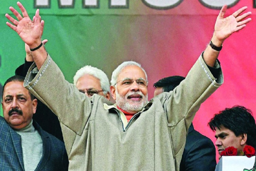 Centre Begins J&K Reach Out: Political Leaders From Valley Invited For Talks With PM