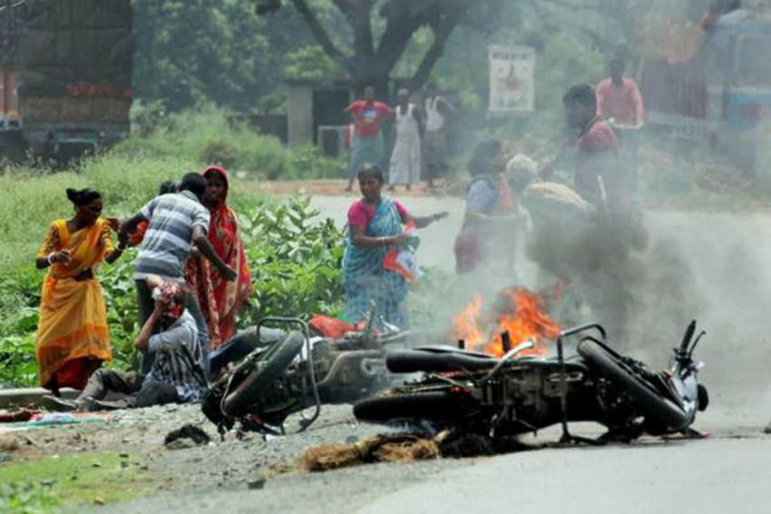 NHRC Slams Mamata Govt Over Bengal Post-Poll Violence, Recommends CBI Probe