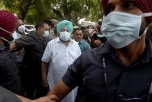 Amid Infighting in Punjab Congress, Amarinder Singh Meets 3-Member AICC Panel