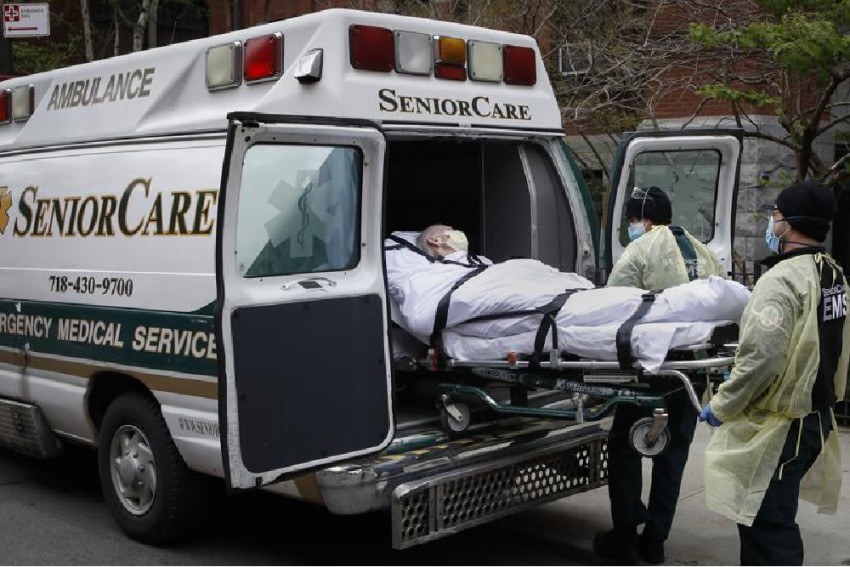 US: Nursing Home Deaths Increase By 32% During Pandemic