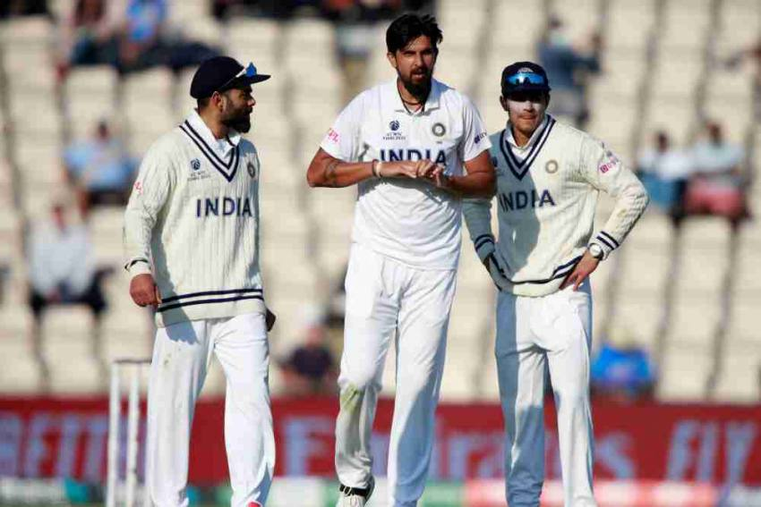 ENG vs IND: Injury Scare For India, Ishant Sharma Gets Stitches On His Right Hand