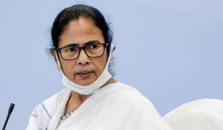 Narada Case: SC Stays Calcutta HC's Order Refusing To Accept Replies Of Mamata Banerjee, Law Minister