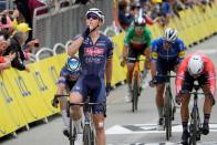 Tim Merlier Wins Tour de France Stage 3 As Top Contenders Tumble