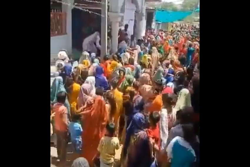 Superstition Draws Crowd In MP Village, Priest In Video Says 'Pari Mata' Will Protect From Covid