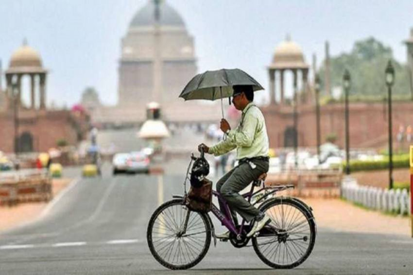 Heat Wave: Delhi Reports Maximum Temperature Of 43.5 Degrees Celsius, Highest This Year