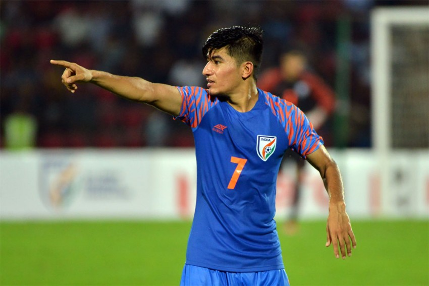 India Midfielder Anirudh Thapa Tests Positive For COVID-19 In Doha