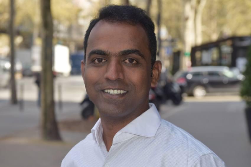 Maharashtra-Based Teacher Who Won Global Teacher Award Now On World Bank Panel