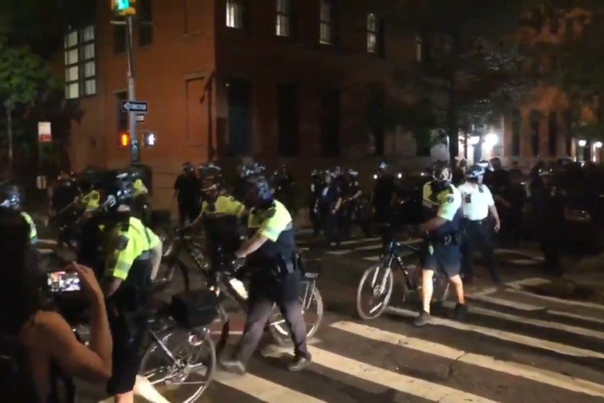 Police Say 23 Arrested During Clashes Over NYC Park Curfew