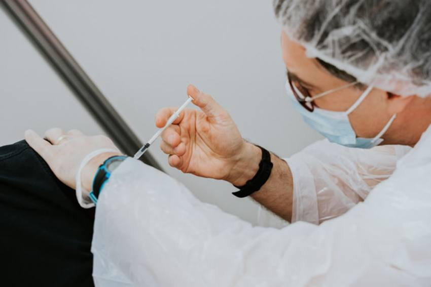 EU: Moderna Seeks Permission To Administer Covid Vaccine To Adolescents