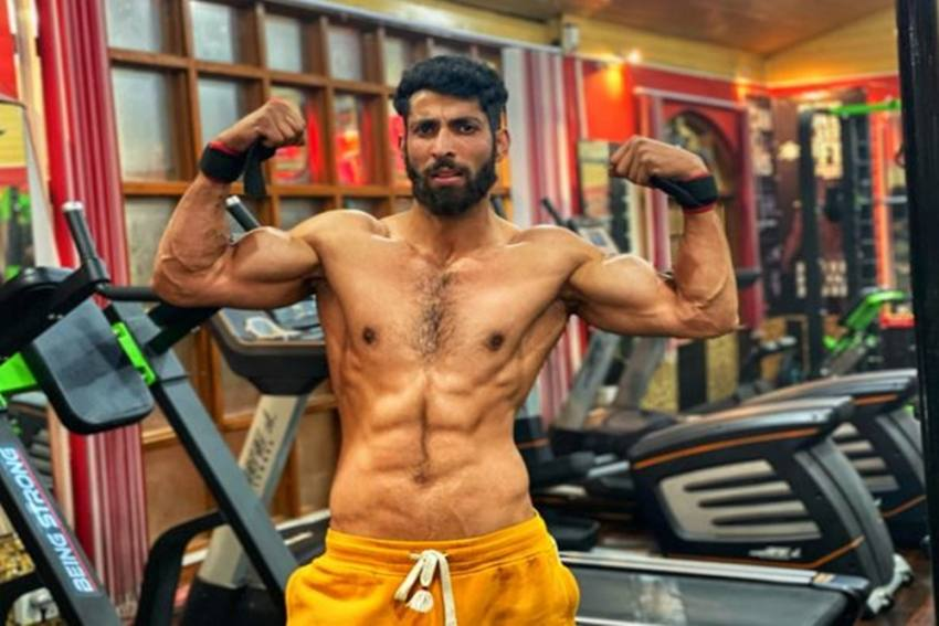Raring To Make It Huge As One Of A Kind Fitness Coach Cum Entrepreneur: Imtiyaz Dar