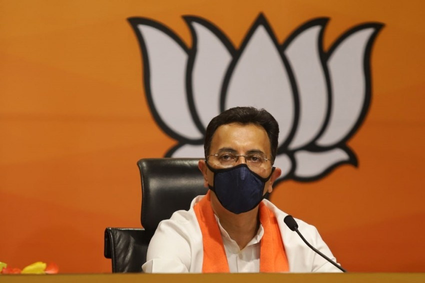 Big Blow To Cong Ahead Of UP Polls: Jitin Prasada, Once Close To Rahul, Joins BJP