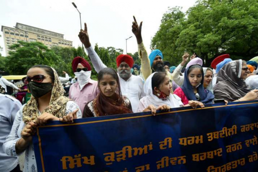 J&K Sikh Body Seeks Imposition Of Inter Caste Marriage Act And Anti-Conversion Law