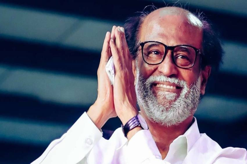 After Reigniting Rumours of Comeback, Rajinikanth Dissolves Political Outfit