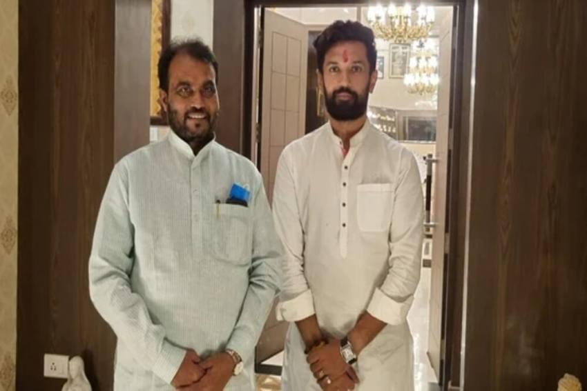 RJD Leader Shyam Rajak Meets Ex-LJP Chief Chirag Paswan, Says Anti-NDA Alliance Needed In Bihar