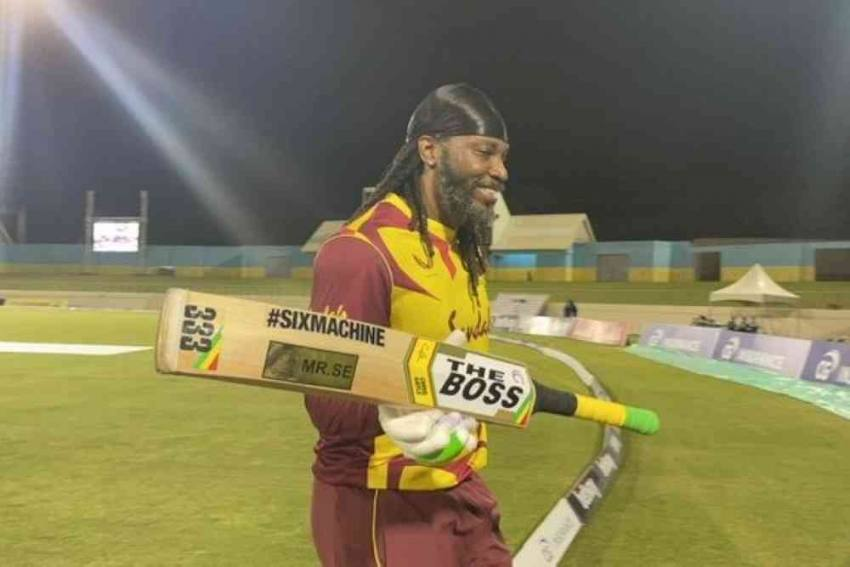 WI Vs AUS: Chris Gayle Smashes Another Record, First To Reach 14,000 Runs In T20s