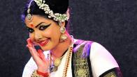 The Enchanting Grace Of 'Mohiniyattam', Showcased By Indian Danseuse, Rekha Raju