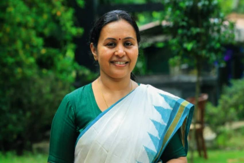 No Third Wave In Kerala, Expecting Curve To Come Down In Two Weeks: Health Minister Veena George
