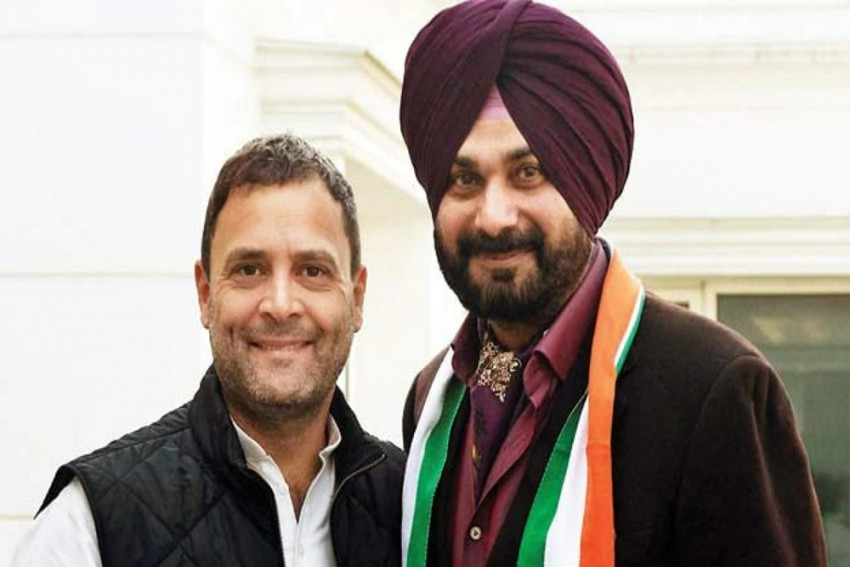 Navjot Singh Sidhu Meets Gandhis Ahead Of Punjab Congress Revamp