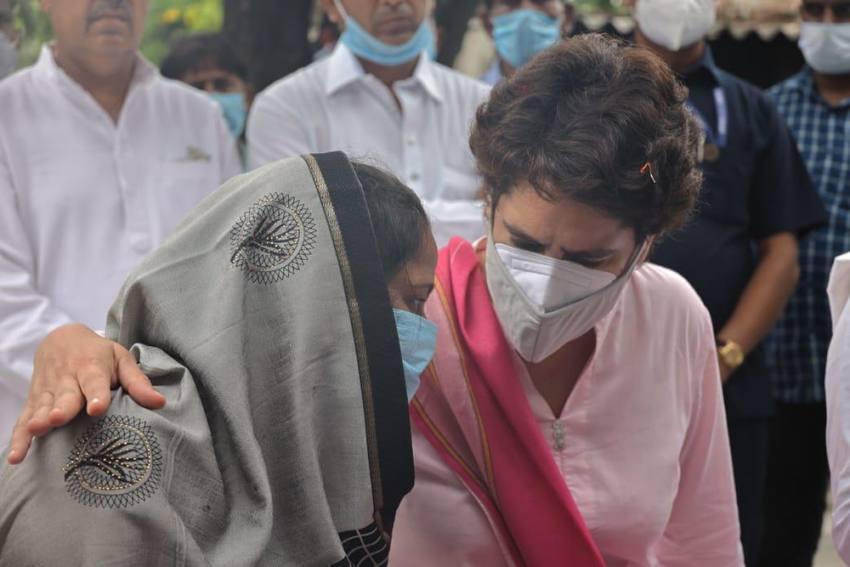 On Day Two Of UP Visit, Priyanka Meets Women 'Assaulted' During Block Panchayat Polls