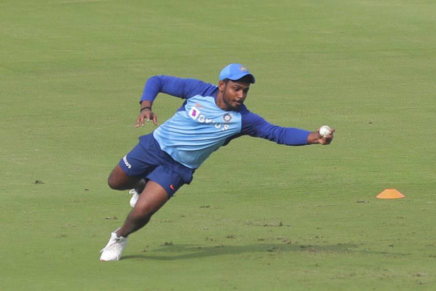 SL Vs IND, 1st ODI: Sanju Samson Out With Ligament Injury