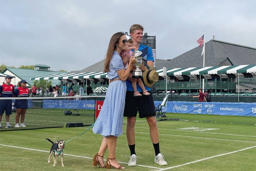 Kevin Anderson Wins Hall Of Fame Open Title