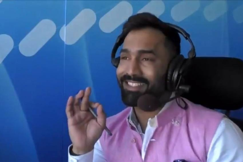 Cricket Bats Are Like Neighbour's Wife: Dinesh Karthik Gets Flak For Making Sexist Remark