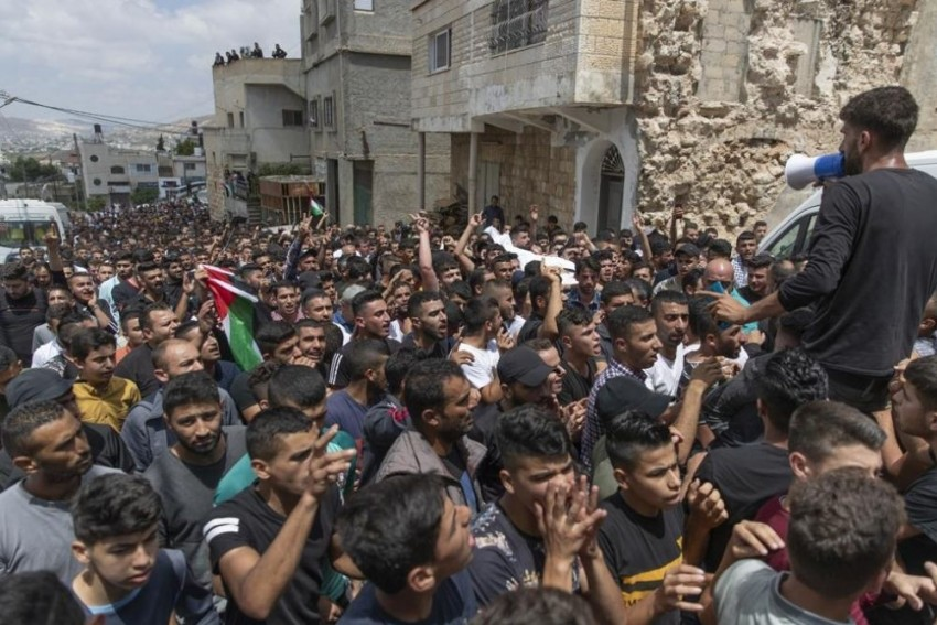Israel Launches Air Strikes On Gaza After Incendiary Balloons Spark Small Fires
