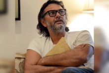 Rakeysh Omprakash Mehra Announces Release Of His Autobiography 'The Stranger In The Mirror'