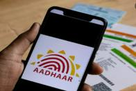 Now, Postmen Will Update Mobile Number On Your Aadhaar Card Right At Your Doorstep