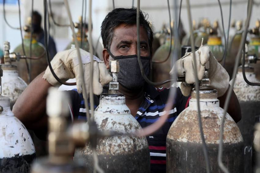 ICMR Guideline Prohibits States From Reporting Covid Deaths Due To Shortage Of Oxygen: Doctors' Body