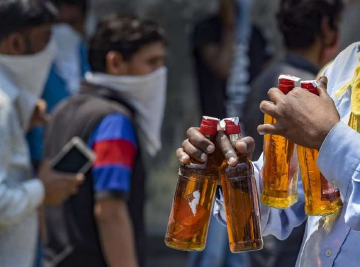 4 Cops Suspended For On Duty Liquor Consumption In Madhya Pradesh