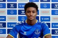 Premier League: Everton Signs Winger Demarai Gray From Bayer Leverkusen