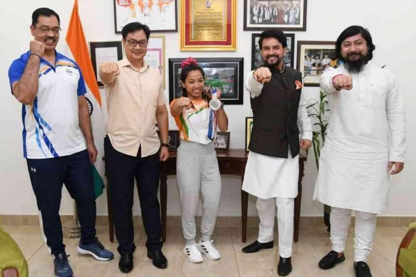 Tokyo Olympic Silver-medallist Saikhom Mirabai Chanu Given Hero's Welcome
