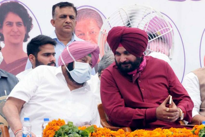 Navjot Sidhu Meets Amarinder Singh With 5 Demands From Punjab Government