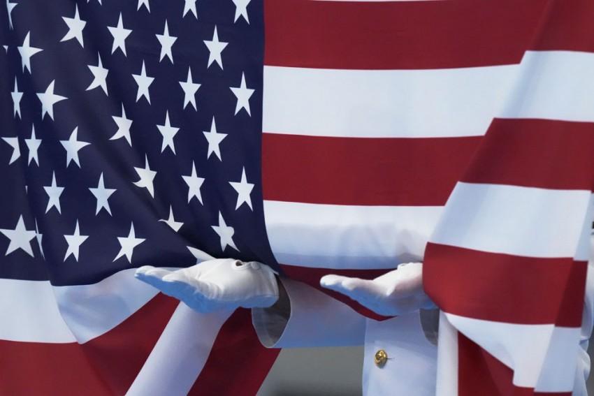 American Pole Vaulter's COVID-19 Positive Test Sends Australians Into Isolation